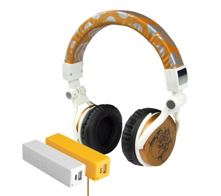 Pro Enjoy Set V9 ( Pro Enjoy Setiniz ile Eğlence Yanı Başınızda! Dayanıklı, Hafif, Esnek, Gold Kablolu Kulaklık Üstelik Sarı ve Beyaz 2600 Mah Powerbank Hediye! )
