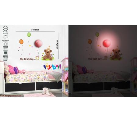 Tüyball Balonlu Ayıcık Stciker Duvar Lambası